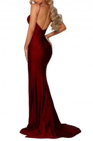 Hugo Gown V2 – Deep Red